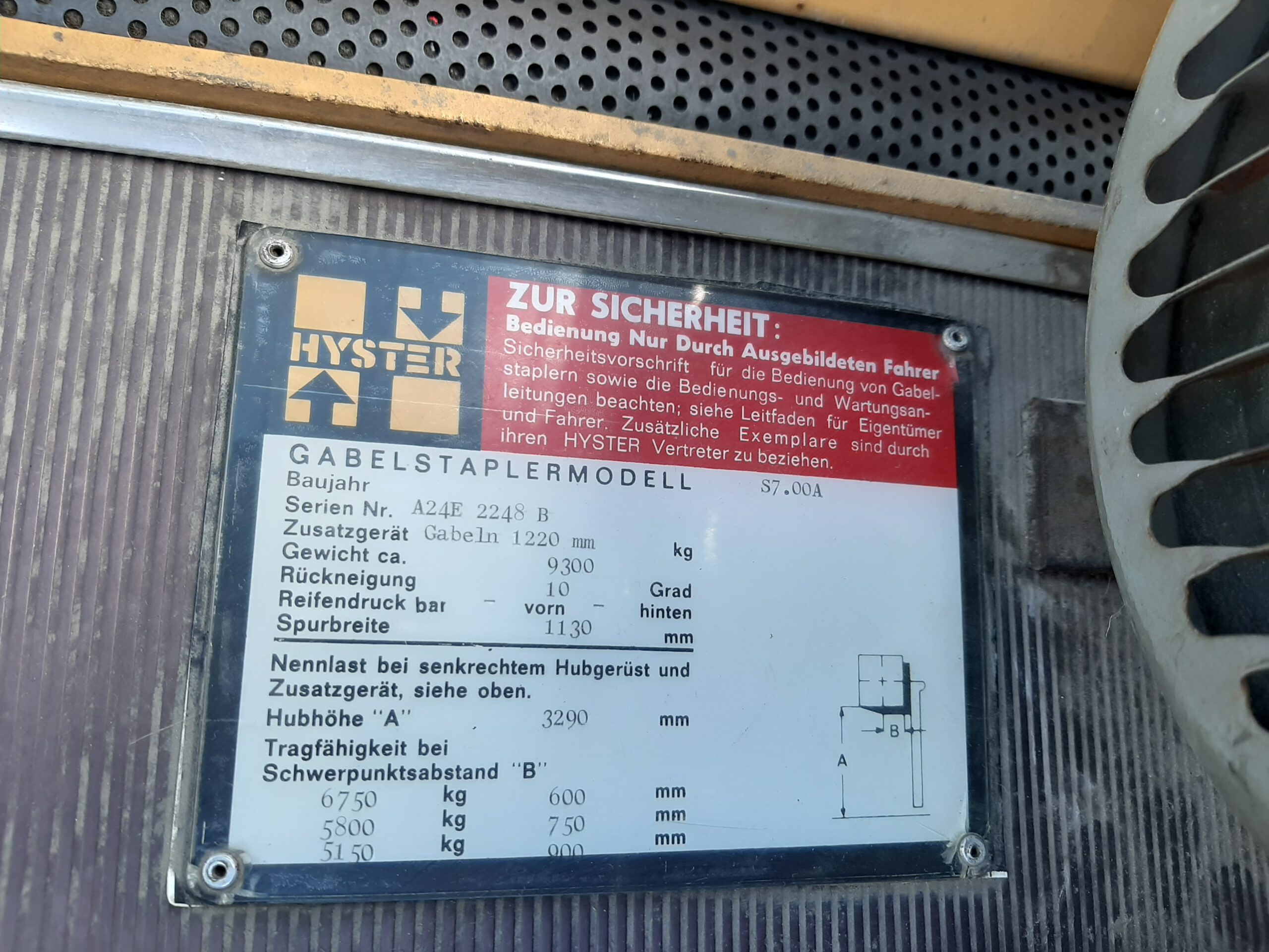 Hyster S7.00A Compacte 7 Tonner, Gas. full