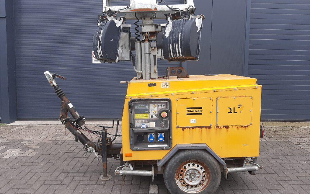 Atlas Copco QLT H40, Lichtmast 4 x 1000Watt, Defect!
